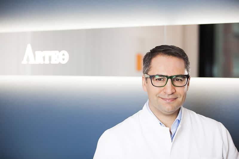 Dr. Akbas - plastischer Chirurg in Düsseldorf